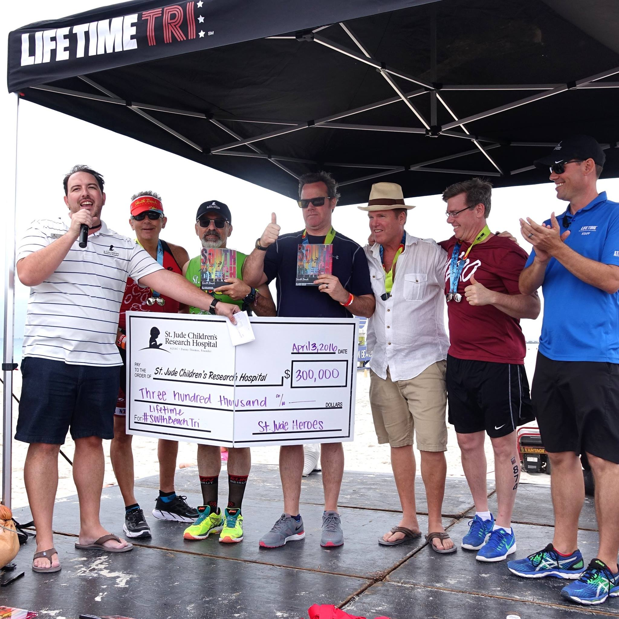 Supporting the iAM St. Jude Hero's Team in the 2016 South Beach Triathlon